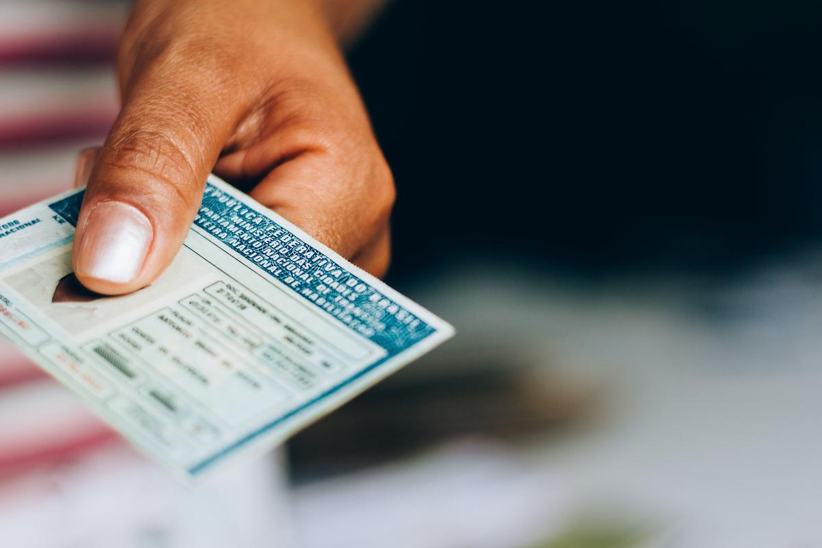 Documentos de identificação brasileiros