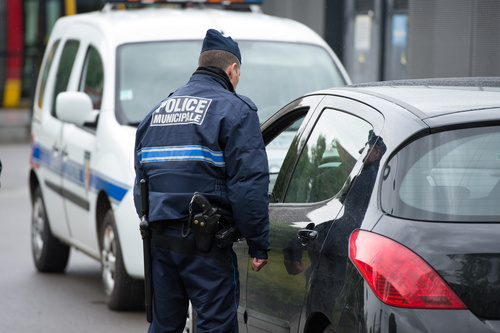 police municipale relevant des infractions
