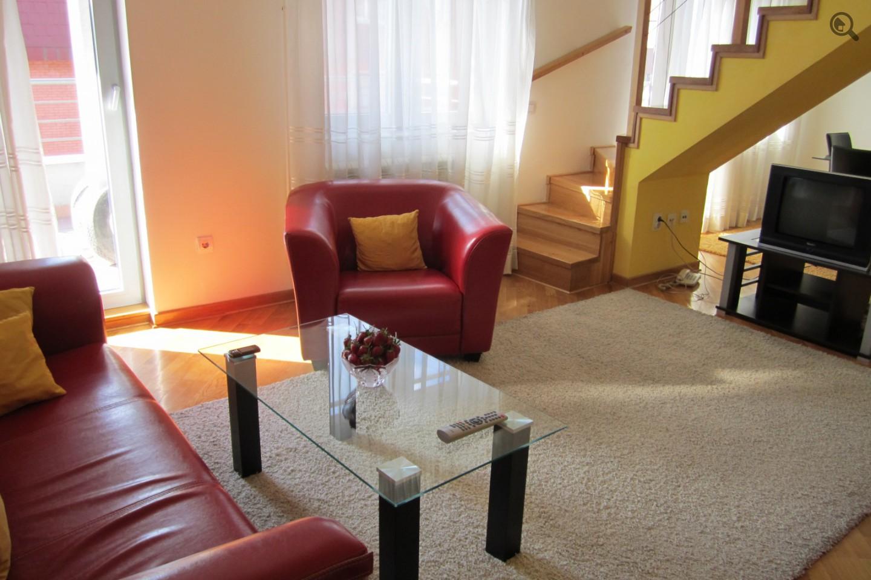 Trosobni Apartman Duplex Beograd Zvezdara