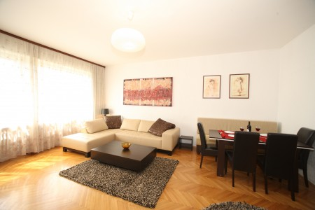 Three bedroom Apartment Odeon Centar