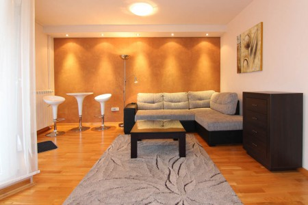 Two bedroom Apartment Sky Centar