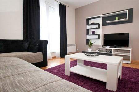 Two bedroom Apartment Square Vračar