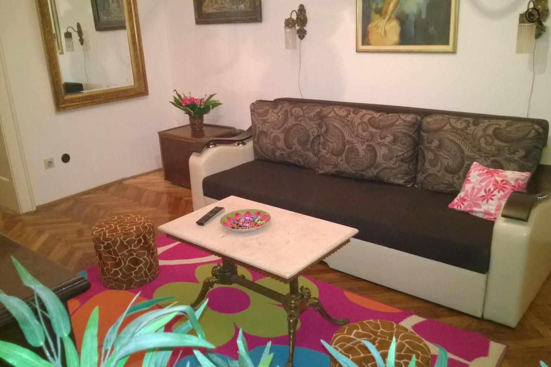 Stan , Beograd (grad) , Kratkoročno izdavanje | Dvosobni Apartman Parlament Beograd Centar