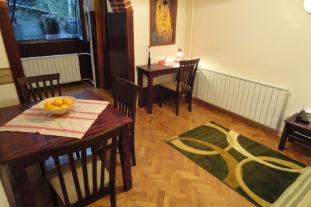 apartmani beograd soba i trpezarija