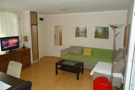 Three bedroom Apartment Blok Novi Beograd