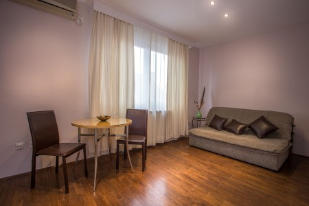 Two bedroom Apartment Small Paris Centar