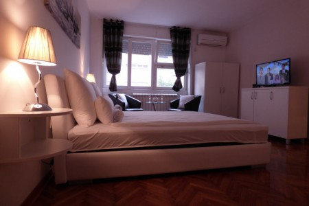 Studio Apartment Silver Centar
