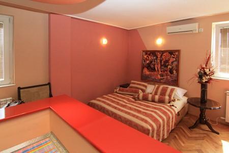 Studio Apartment Smart Centar