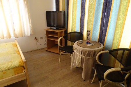 Studio Bedroom Apartment Skvoš 011 Belgrade Ostale Lokacije