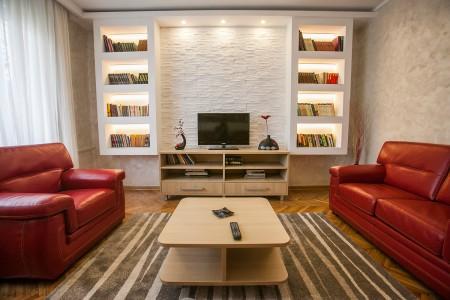 apartments belgrade Central Happy 4 tv 1