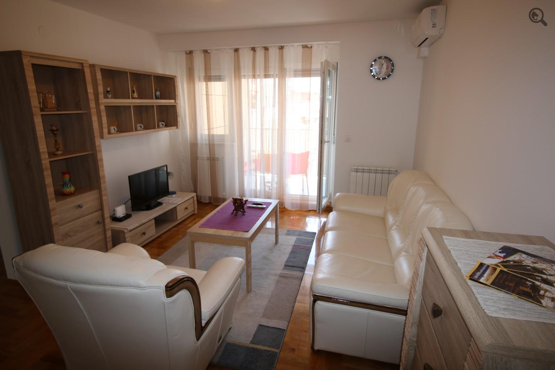Trosoban Apartman Shining Beograd Centar