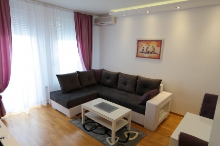 Two Bedroom Apartment Luna Belgrade New Belgrade