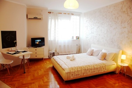 One Bedroom Apartment Sweet Home Belgrade Zvezdara
