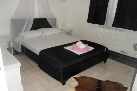 Three Bedroom Apartment Airport Belgrade New Belgrade