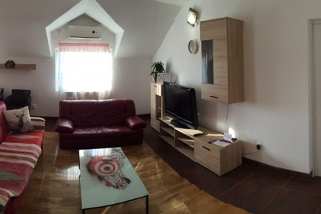 Three Bedroom Apartment Airport 5 Belgrade New Belgrade