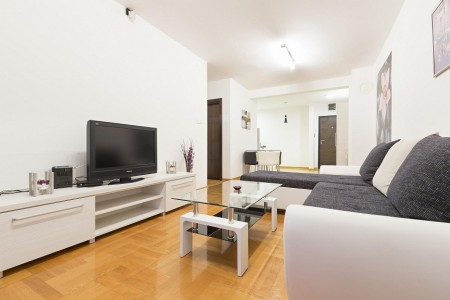 Two Bedroom Apartment Dvojka Belgrade Zvezdara