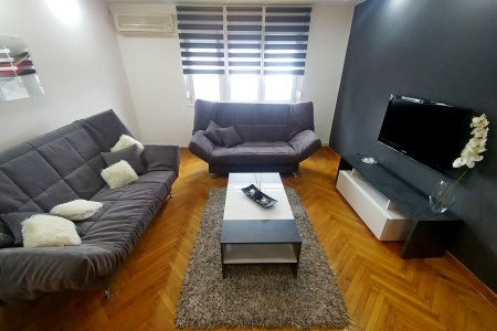 Two Bedroom Apartment Jim Belgrade Savski Venac