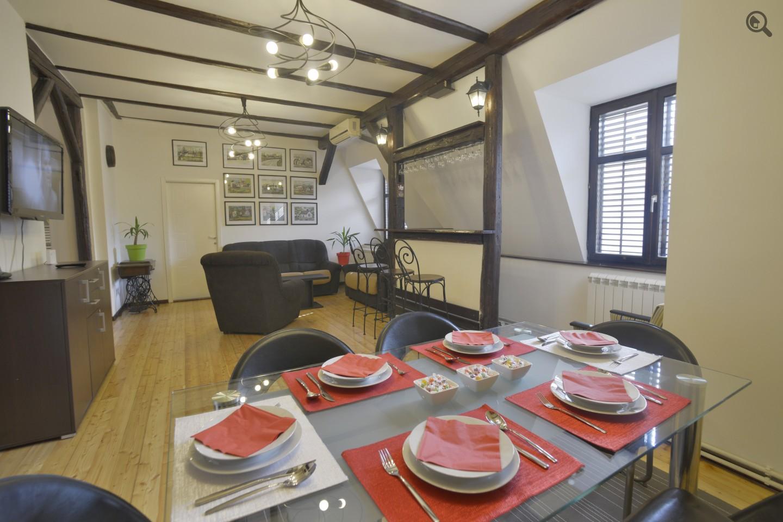 Četvorosoban Apartman Devet Beograd Centar