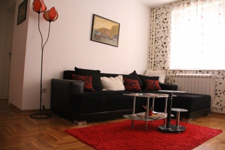 Two Bedroom Apartment Jelena Belgrade Zvezdara