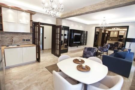 Two Bedroom Apartment Maestro Belgrade Vracar