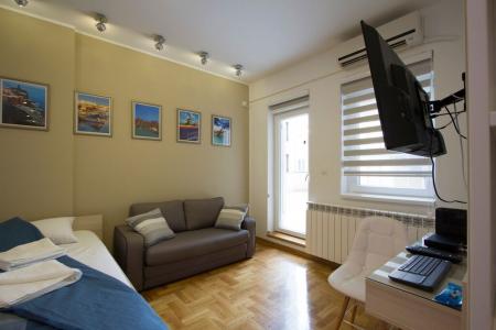 Studio Apartment Lux Life Belgrade Palilula