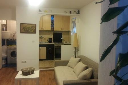 apartments belgrade cukarica apartment garsonjera marko