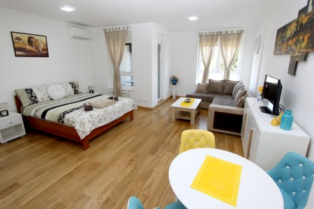 Studio Apartment Savada Belgrade New Belgrade