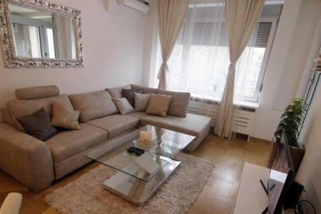 Two Bedroom Apartment gorki Belgrade Vracar
