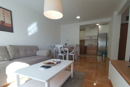 Three Bedroom Apartment Triton Belgrade Vracar