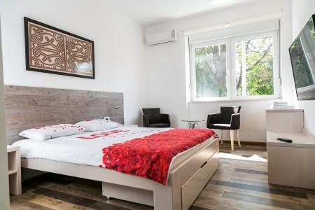 Two Bedroom Apartment Cesar Belgrade Center