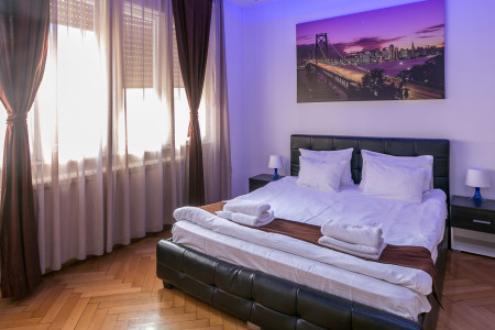 Three Bedroom Apartment Parlament Lux Belgrade Center