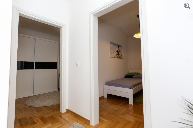 Trosoban Apartman Crveni krst Beograd Vračar