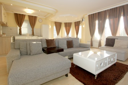 Three Bedroom Apartment Dibonas Belgrade Vozdovac
