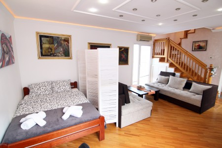 Three Bedroom Apartment Art 1 Belgrade Center