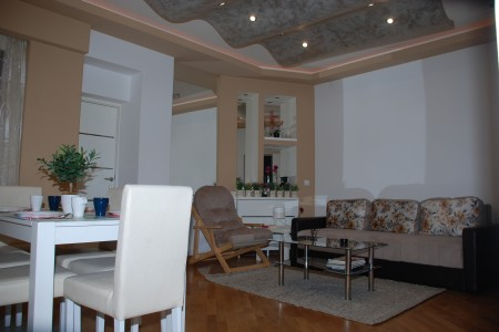 Three Bedroom Apartment Nalu 2 Belgrade Center