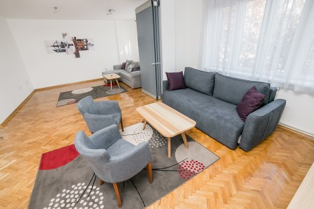 Three Bedroom Apartment Filip Belgrade Center