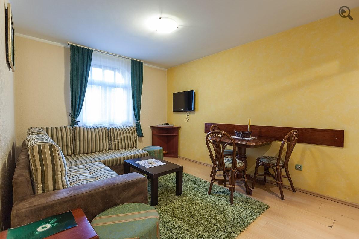 Stan , Beograd (grad) , Kratkoročno izdavanje | Dvosoban Apartman Vila Borova Lux Beograd Planina
