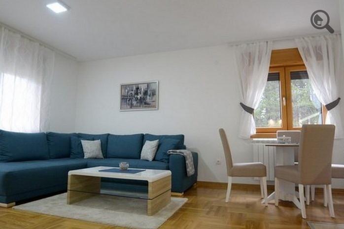 Stan , Beograd (grad) , Kratkoročno izdavanje | Dvosoban Apartman Sunny 2 Zlatibor Planina Centar