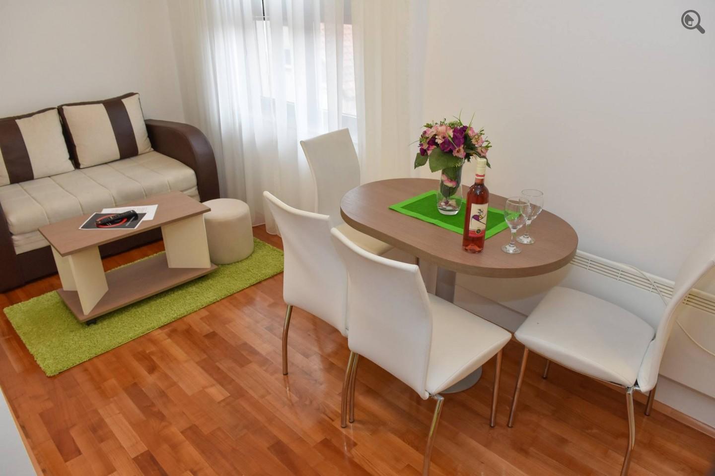 Stan , Beograd (grad) , Kratkoročno izdavanje | Jednosoban Apartman Zlatiborski Andjeo 15 Zlatibor Planina Centar