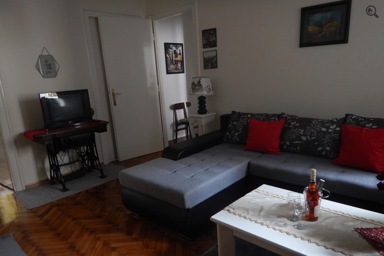 Stan , Beograd (grad) , Kratkoročno izdavanje | Trosoban Apartman Jasmin Beograd Centar