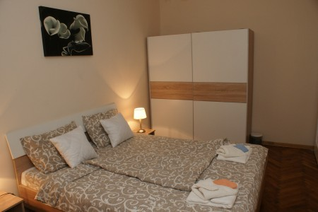 Two Bedroom Apartment Red Rouz Belgrade Center