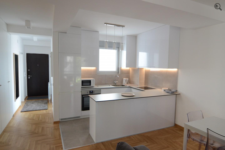 Trosoban Apartman Nodilova Beograd Čukarica