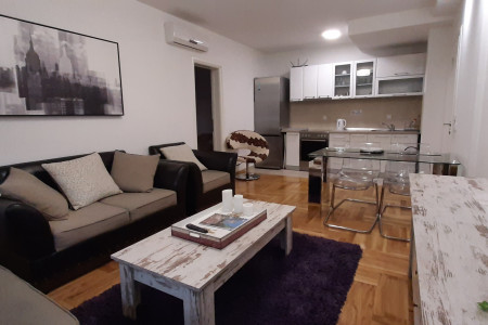 Three Bedroom Apartment M48 C Belgrade Vozdovac