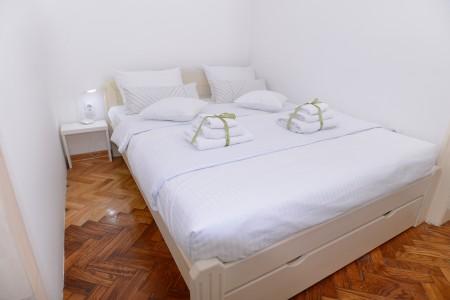 Dvosoban Apartman Gold-Central Spot Beograd Centar
