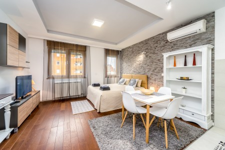Studio Apartment Zetra Belgrade New Belgrade