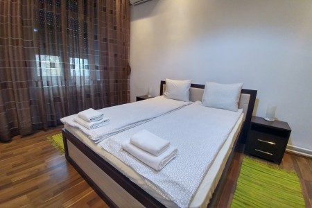 Three Bedroom Apartment Metoh  Belgrade Center