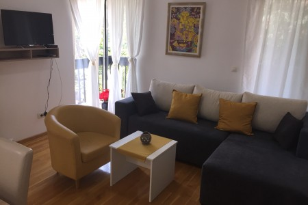 Two Bedroom Apartment Garibaldi Belgrade Vozdovac