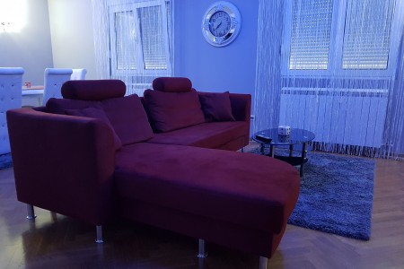 Three Bedroom Apartment Ogledalce Belgrade Palilula