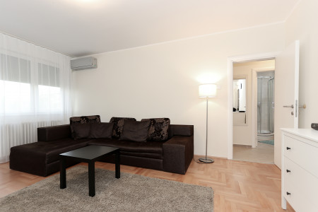 Two Bedroom Apartment Pončo Belgrade New Belgrade