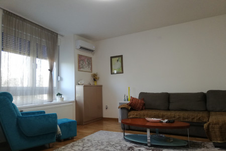 Two Bedroom Apartmen Biblioteka Novi Sad Podbara